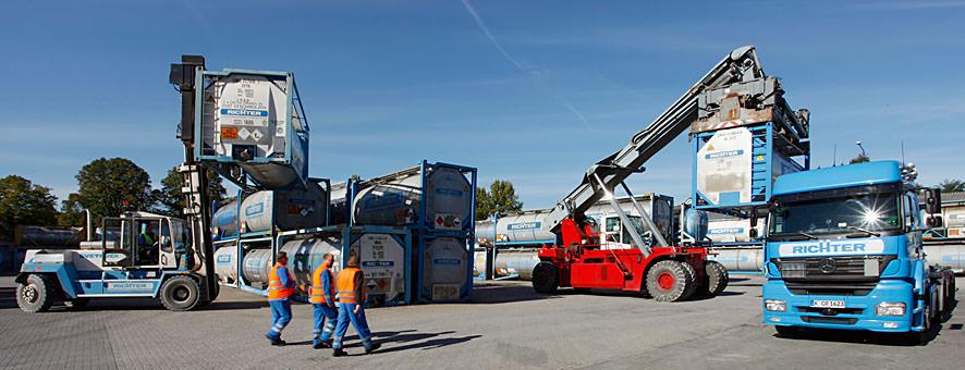 Equipment für Flüssigtransporte